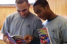Jugendliche Straftäter in Tampa, Florida, nehmen an einem Rehabilitationskurs teil, der auf den Entdeckungen L.Ron Hubbards beruht.